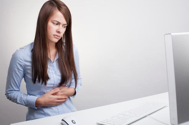 Diminua os sintomas da gastrite com chá de verbena