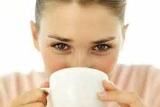 Quer emagrecer até três quilos por semana? O chá amarelo te ajuda!