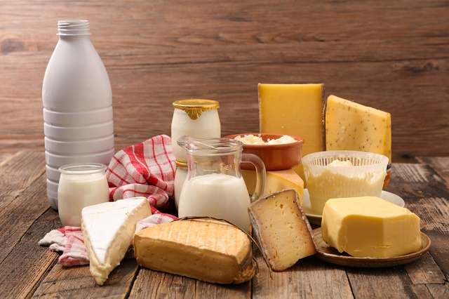 Leite, queijos e iogurte