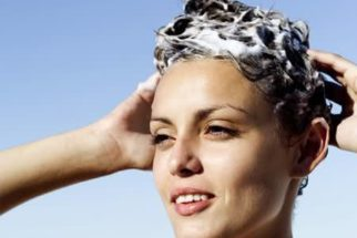 Clareie os cabelos de modo natural em casa!
