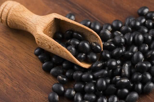 Farinha de soja preta, emagreça até quatro quilos por mês!