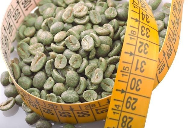 Café verde e fita métrica