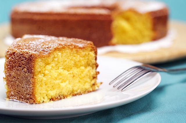 Fatia de bolo de seriguela