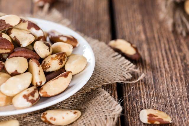 Vitamina E é um poderoso antioxidante e pode ser encontrado nas oleaginosas