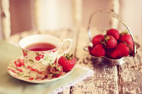Chá de morango, um ótimo auxiliador da digestão