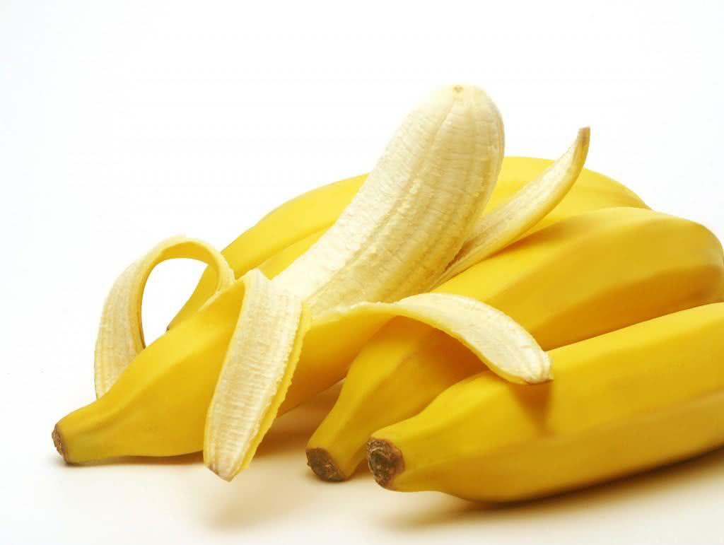 Comer bananas evita as terríveis câimbras mesmo?