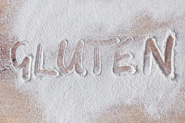 Nome glúten escrito em farinha