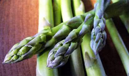 Os benefícios e as propriedades do aspargo