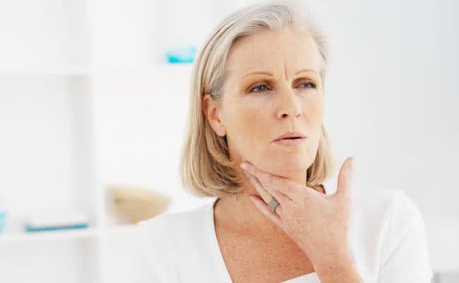 Remédios caseiros para tratar dor de garganta