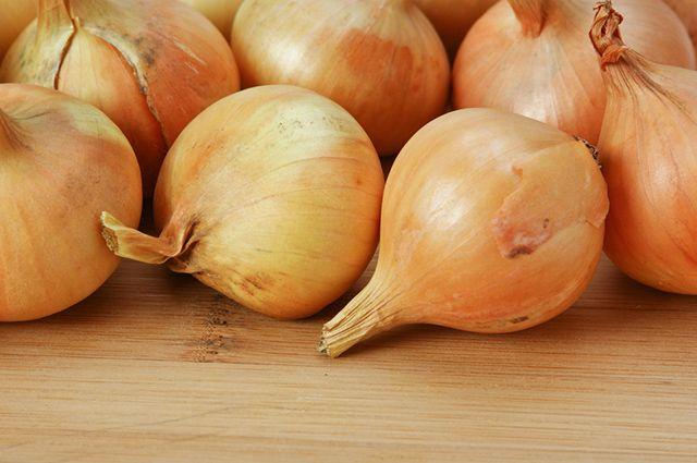 A cebola é um remédio caseiro para esclerodermia