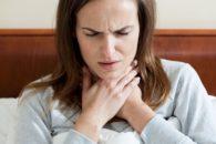Chá e receitas naturais para dor de garganta