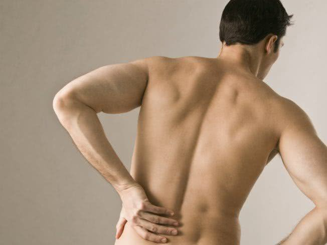http://www.remedio-caseiro.com/wp-content/uploads/2015/01/remedios-caseiros-para-dores-nas-costas.jpg