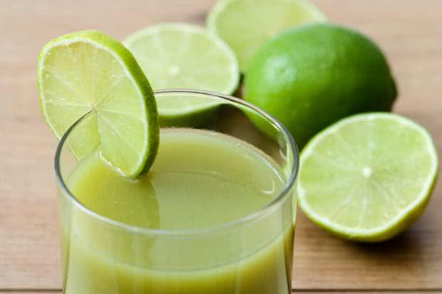 Sucos com limão para emagrecer