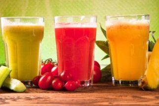Sucos naturais que tratam inchaço