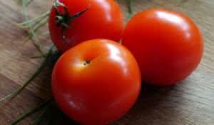 eficacia-do-tomate-para-a-pele-humana