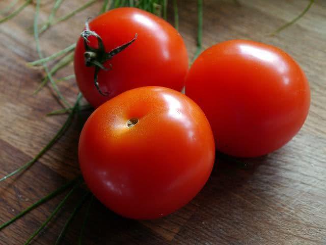 Tomate é também eficaz contra o retardo do envelhecimento