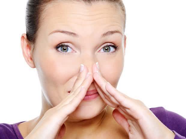Aprenda truques caseiros para eliminar odores
