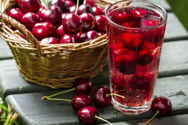 Suco de cereja é um aliado contra a gota e artrite