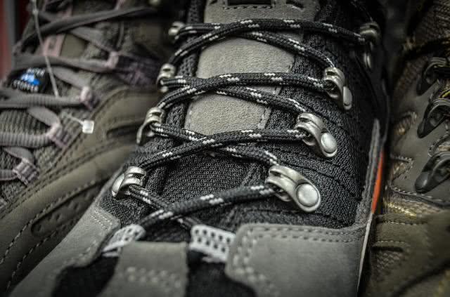 Truques para acabar com o odor dos sapatos