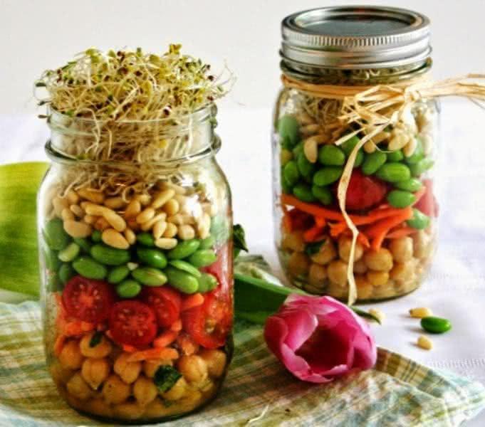 Receita de salada de pote é prática e saudável