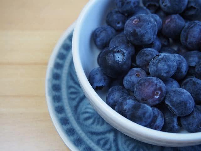 Frutas roxas podem prevenir doenças como Alzheimer e câncer