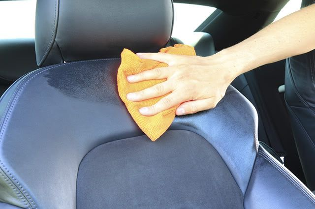 Essa receita caseira para limpar banco de carro, além de higienizar deixa um aroma gostoso