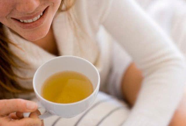 Receitas de chás para quem quer descansar nas férias