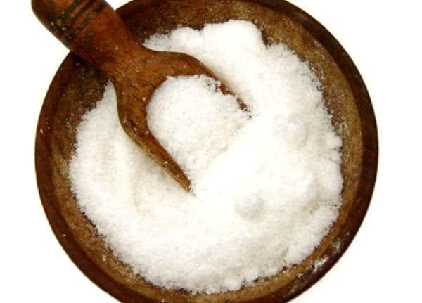 O que fazer para eliminar o sal em excesso no organismo?