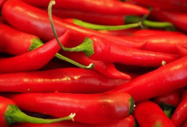 os-alimentos-que-nao-devem-ir-para-geladeira-e-voce-nem-sabia pimenta