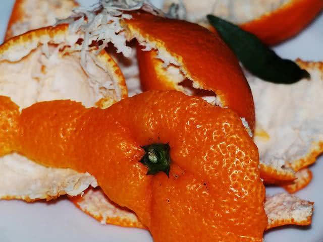 Perfume sua casa com apenas casca de laranja