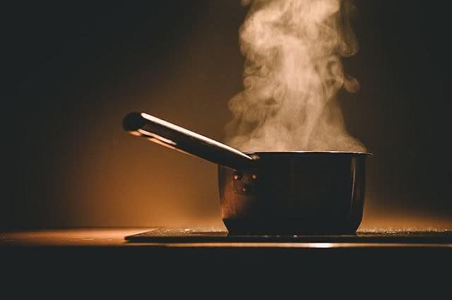 Panela cozinhando a vapor