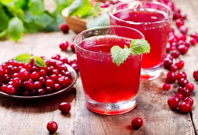 Conheça a eficácia do suco de cranberry para o corpo