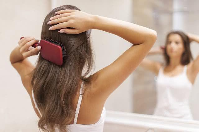 Receita de beleza à base de cebola estimula o crescimento dos cabelos