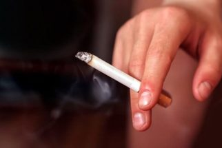 Veja como remover o odor do cigarro dos dedos