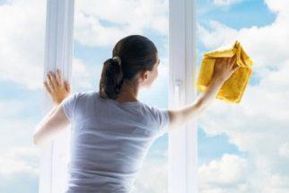 Saiba como usar amaciante para limpar vidros sem deixar manchas