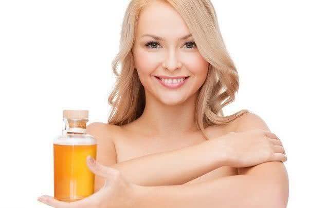 Quer uma pele saudável, linda e macia? O azeite pode te ajudar