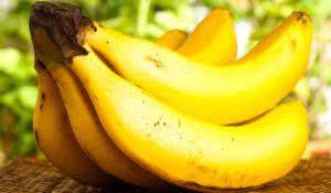 use-papel-filme-para-fazer-a-banana-durar-mais-tempo