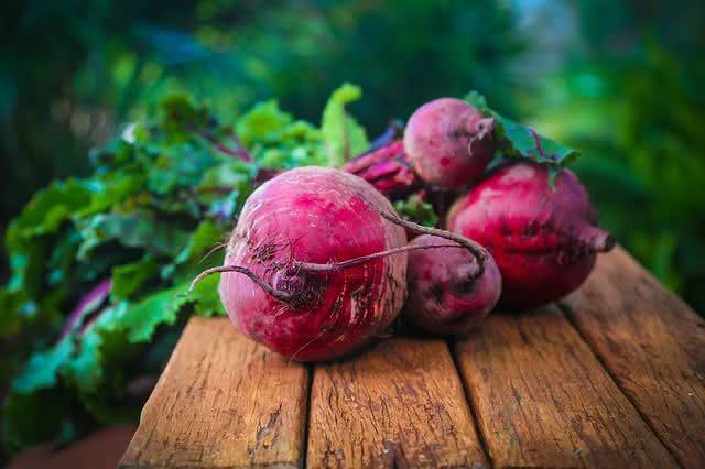 conheca-os-principais-vegetais-para-equilibrar-a-pressao-arterial beterraba