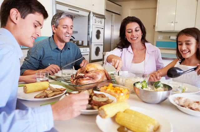 Dia dos Pais: Saiba como preparar jantar delicioso e saudável