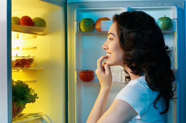 Saiba por que é importante guardar o café na geladeira