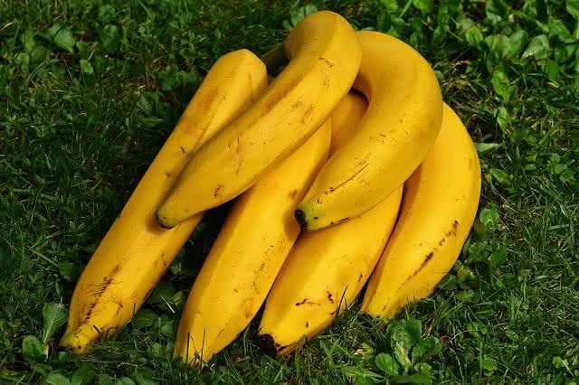 aprenda-a-fazer-sucos-nutritivos-que-ajudam-a-perder-peso-banana