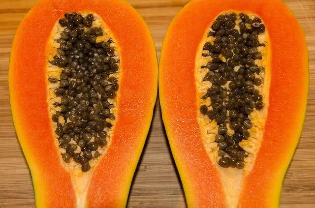 aprenda-a-fazer-sucos-nutritivos-que-ajudam-a-perder-peso-mamao