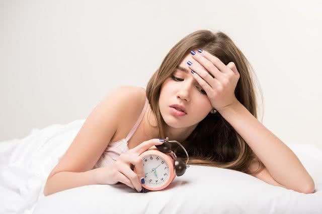 Aprenda receitas de remédios caseiros para combater a insônia