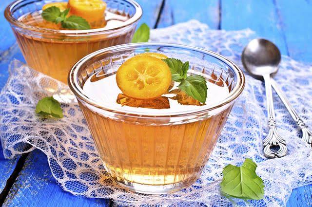 O consumo frequente da gelatina de ágar-ágar ajuda a regular o funcionamento do intestino