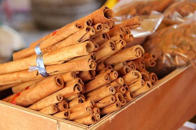 se-livre-das-incomodas-aftas-usando-remedio-caseiro-natural-canela