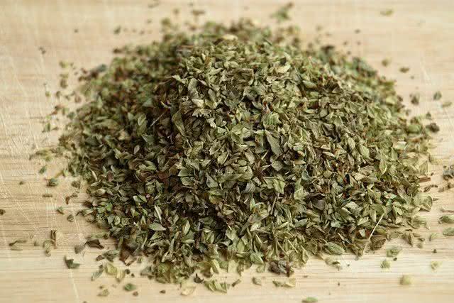 se-livre-das-incomodas-aftas-usando-remedio-caseiro-natural-oregano