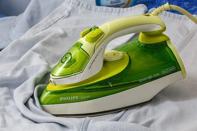 9-dicas-praticas-e-baratas-para-facilitar-a-limpeza-na-sua-casa-ferro