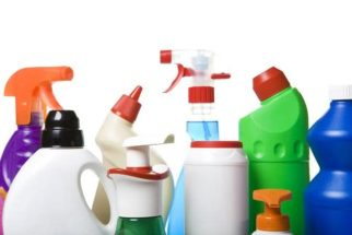 Aprenda a fazer o descarte correto dos produtos de limpeza