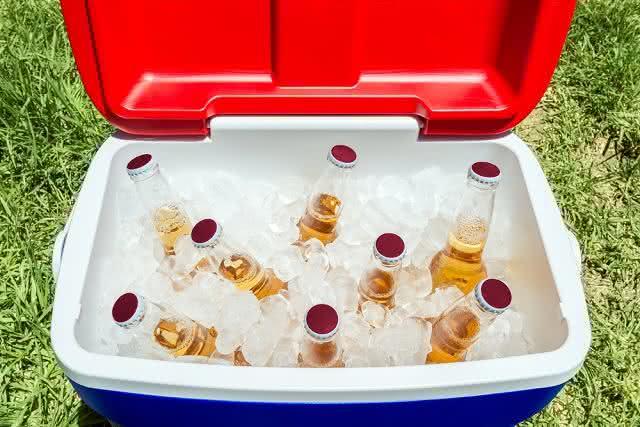 Com essa incrível técnica gele bebidas em 3 minutinhos