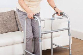Especialista orienta como prevenir quedas em idosos